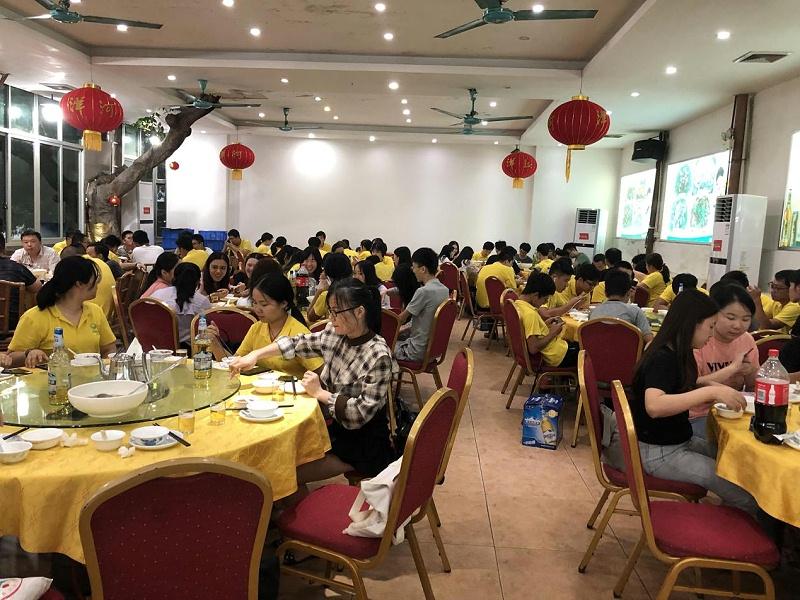 广东建研环境监测-聚餐活动